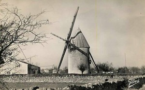 cpa-bords-les-moulins-2
