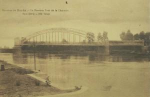 cpa-environ-de-bords-nouveau-pont-charente-2
